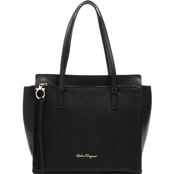 5c1b449dac Salvatore Ferragamo Amy Medium Bag Nero Black Gold